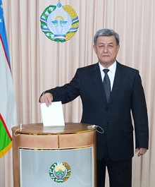 Candidate for President of the Republic of Uzbekistan Narimon Umarov voted on elections
